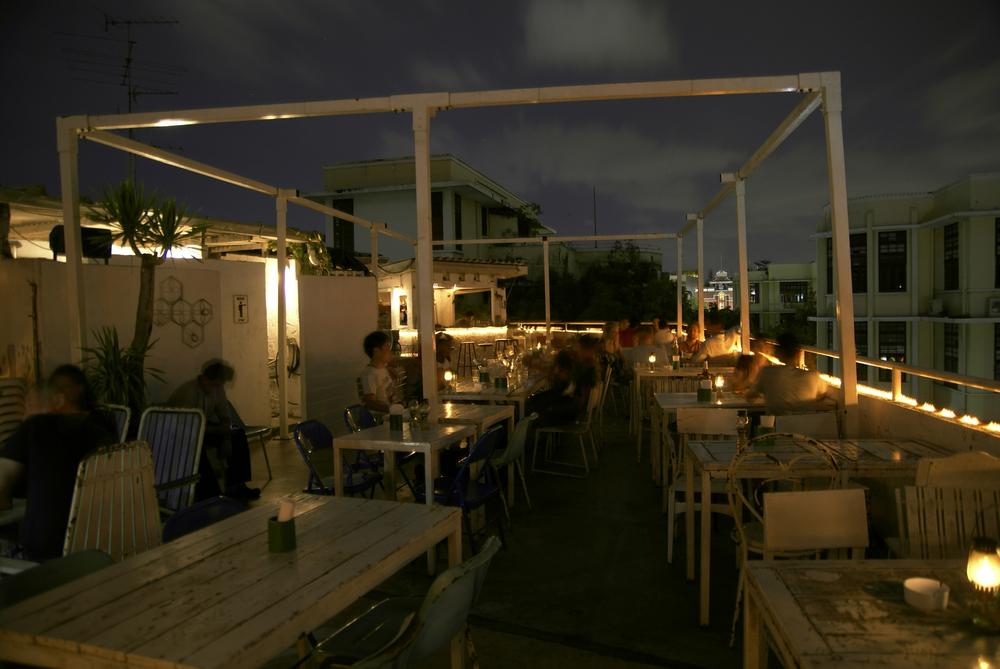 Tag-restaurant i det centrale Bangkok