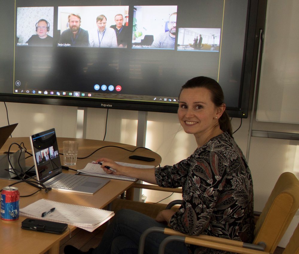 Jessica Toledo is the manager of both deliveries. Here she is leading the weekly planning meeting with, from left to right, Petri Kittilä, Aleksander Lygren Toppe (IFE), Hans Olav Randem(IFE), Terje Lindén (IFE) and Øystein Veland, joining remotely.