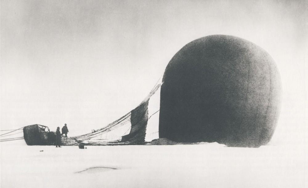Eagle-crashed,photoby Nils Strindberg, 1897