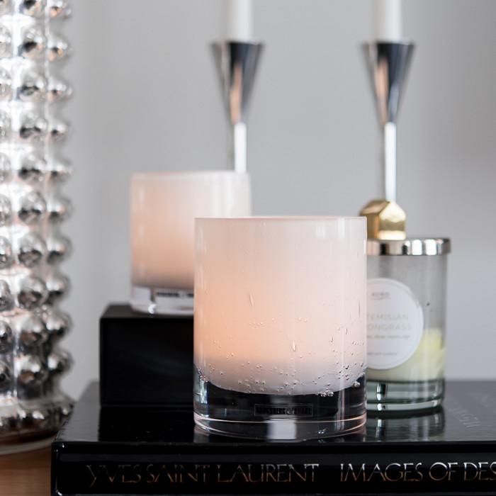 Medium telysholder, hvit med bobler - Pris: 995,-