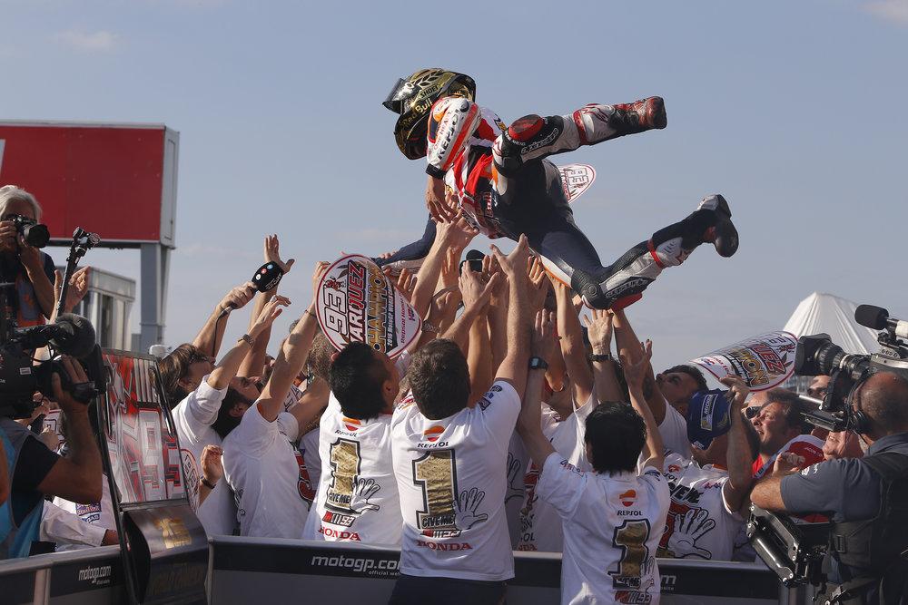 2016-motogp-world-champion-marc-marquez-and-his-team.jpg