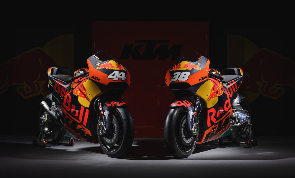 Pol Espargaro & Bradley Smith KTM RC16 2017.jpg