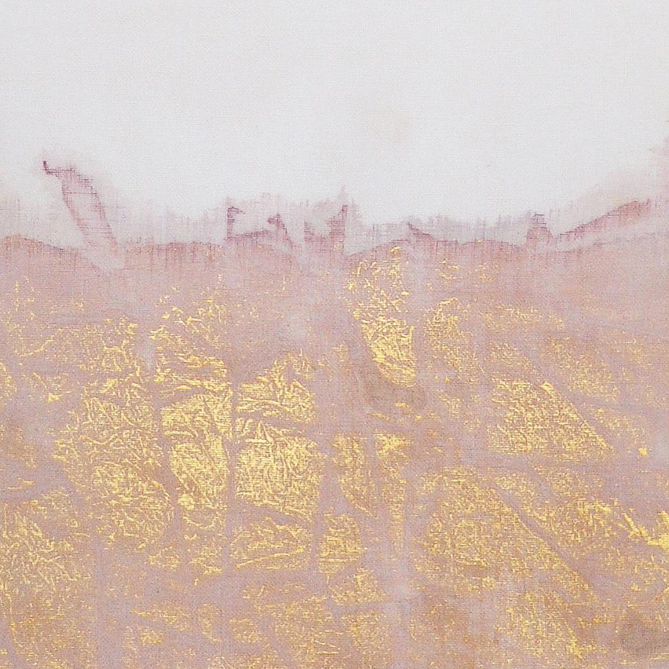 Y118-01 Gold Leaf