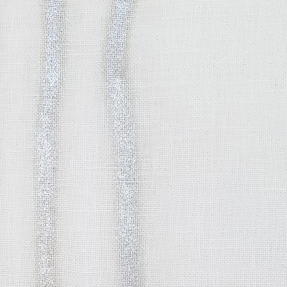 Y129-03 Pearl/White