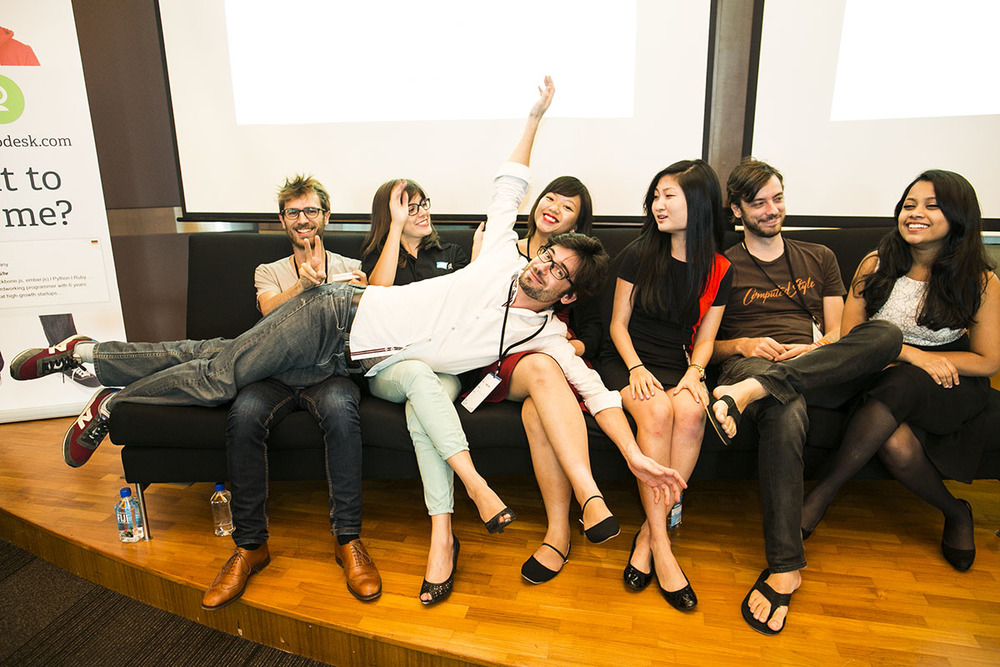 Dream team from right to left: Zi, Thomas, Ruoshan, Elisha, Laís and Martin, supporting Florian and Adelina (missing)