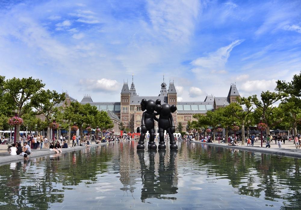 Rijksmuseum Amsterdam Kaws
