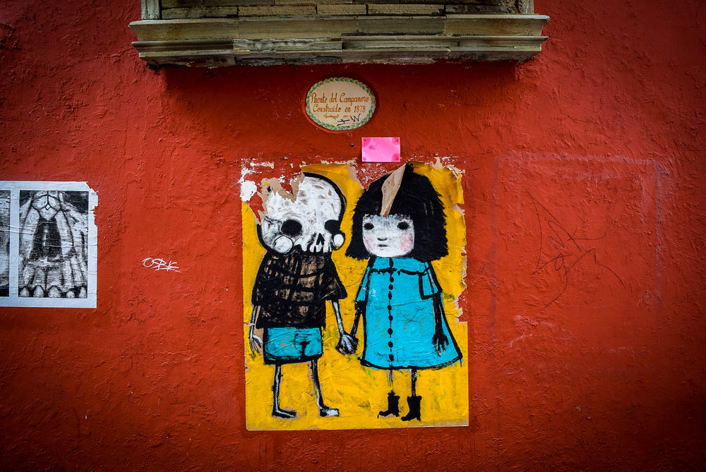 Couple street art