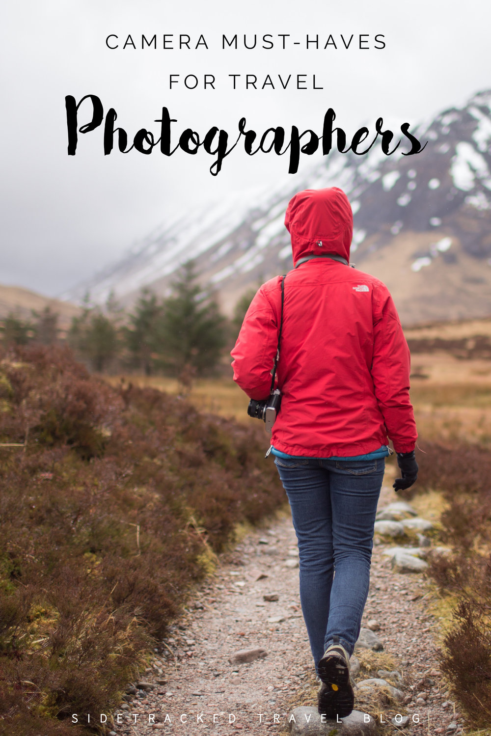 With so many camera options out on the market today, it can be a challenge to find the right photography travel gear. Here is my list of camera bag must-haves for travel photographers.