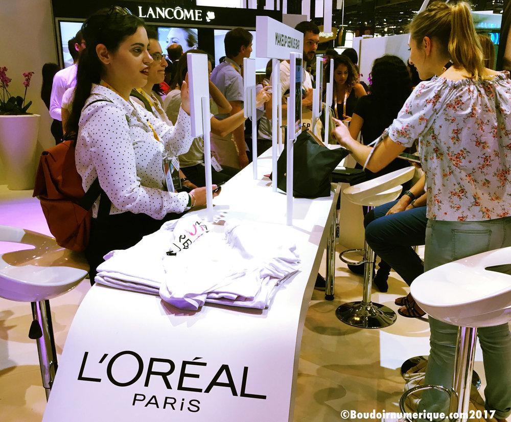 Espace Makeup Genius sur le stand L'Oréal de Vivatech 2017 (photo : Le Boudoir Numérique)
