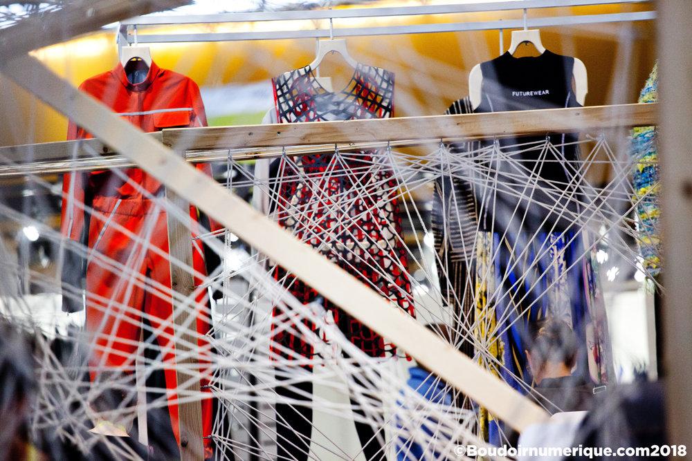 Smart Square du salon Première Vision Paris, le 20 septembre 2018. Au centre la robe biodégradable en 3D printing de Sylvia Heisel (© Boudoir Numérique)