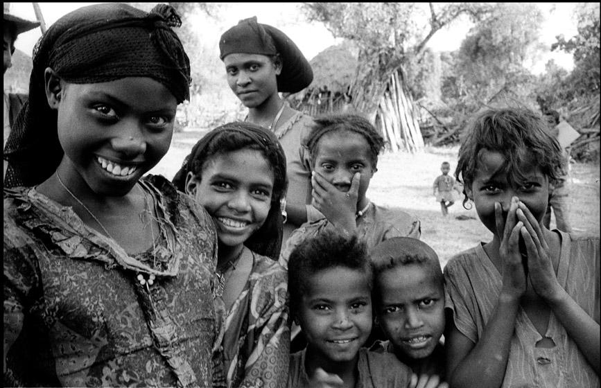 Ethio_8_05_village.jpg