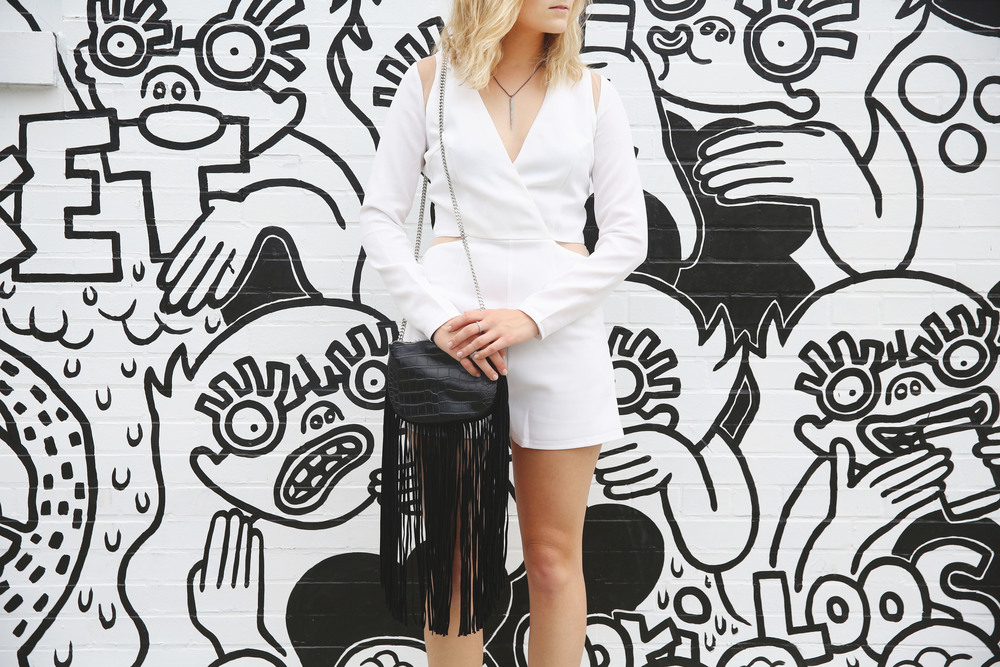 Those_White_Walls_Ali_Stone_Outfit_Details.jpg