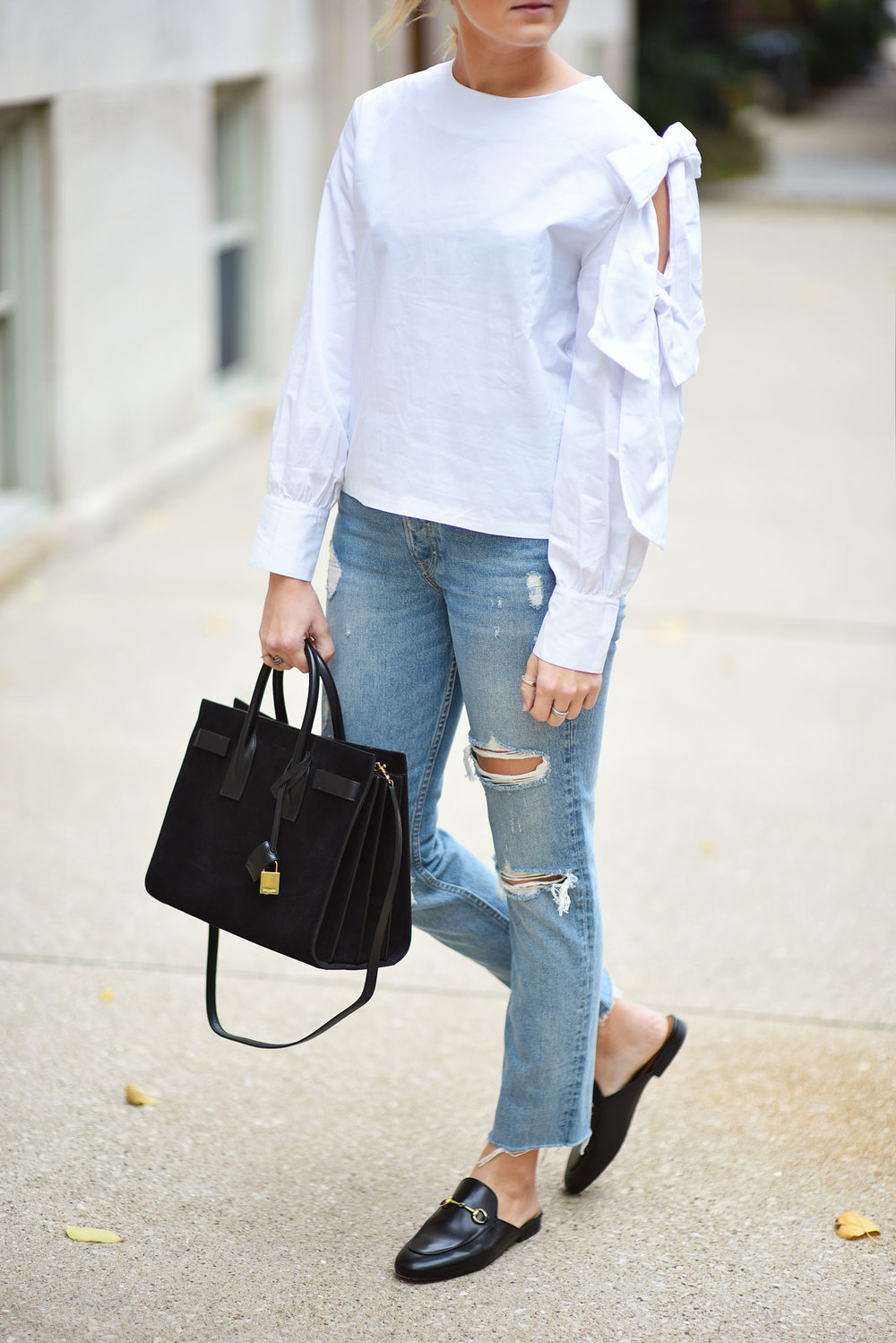 white-bow-top-saint-laurent-sac-du-jour-bag