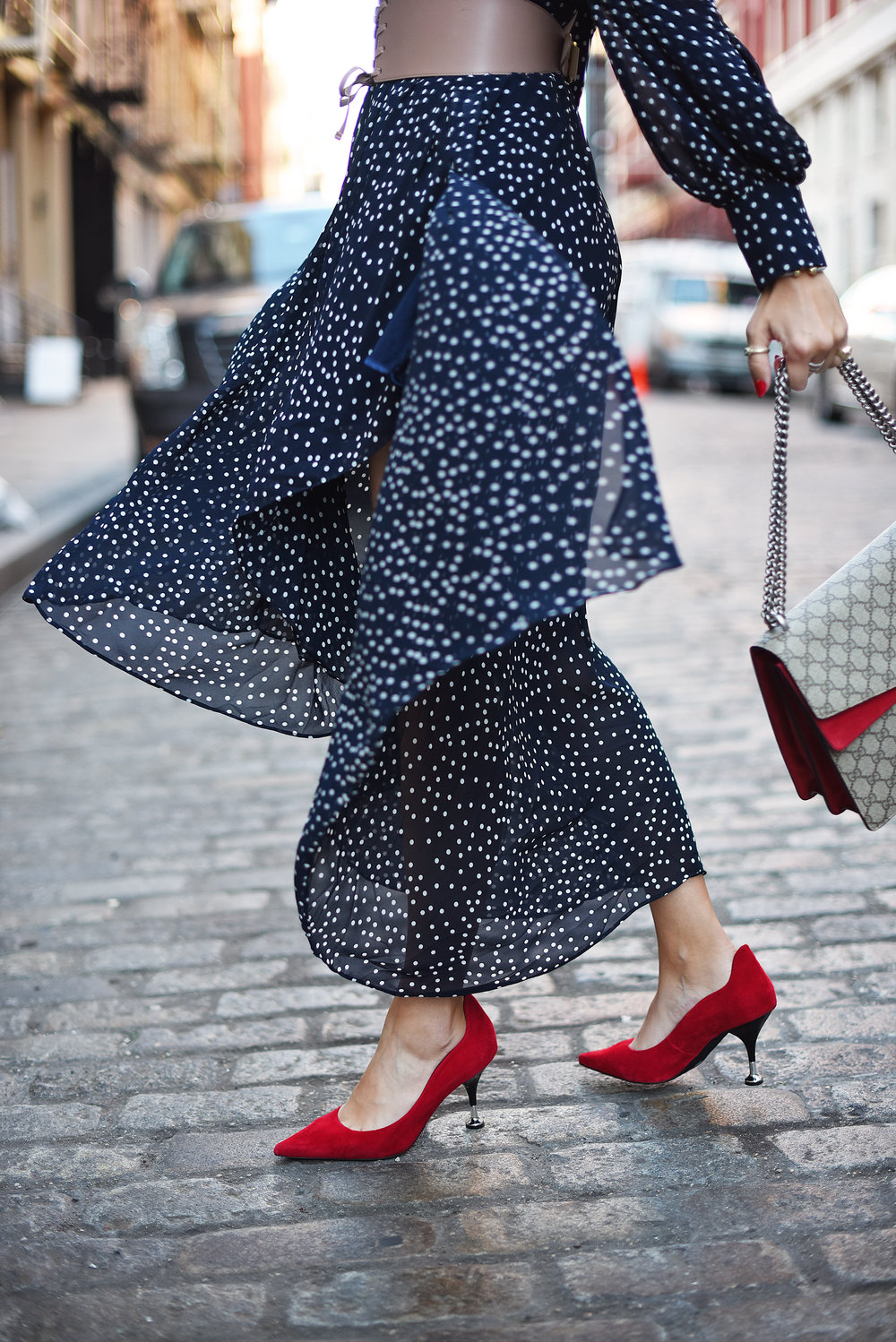 red shoes blue dress gucci bag