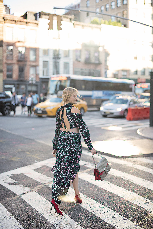 girl crossing street new york city