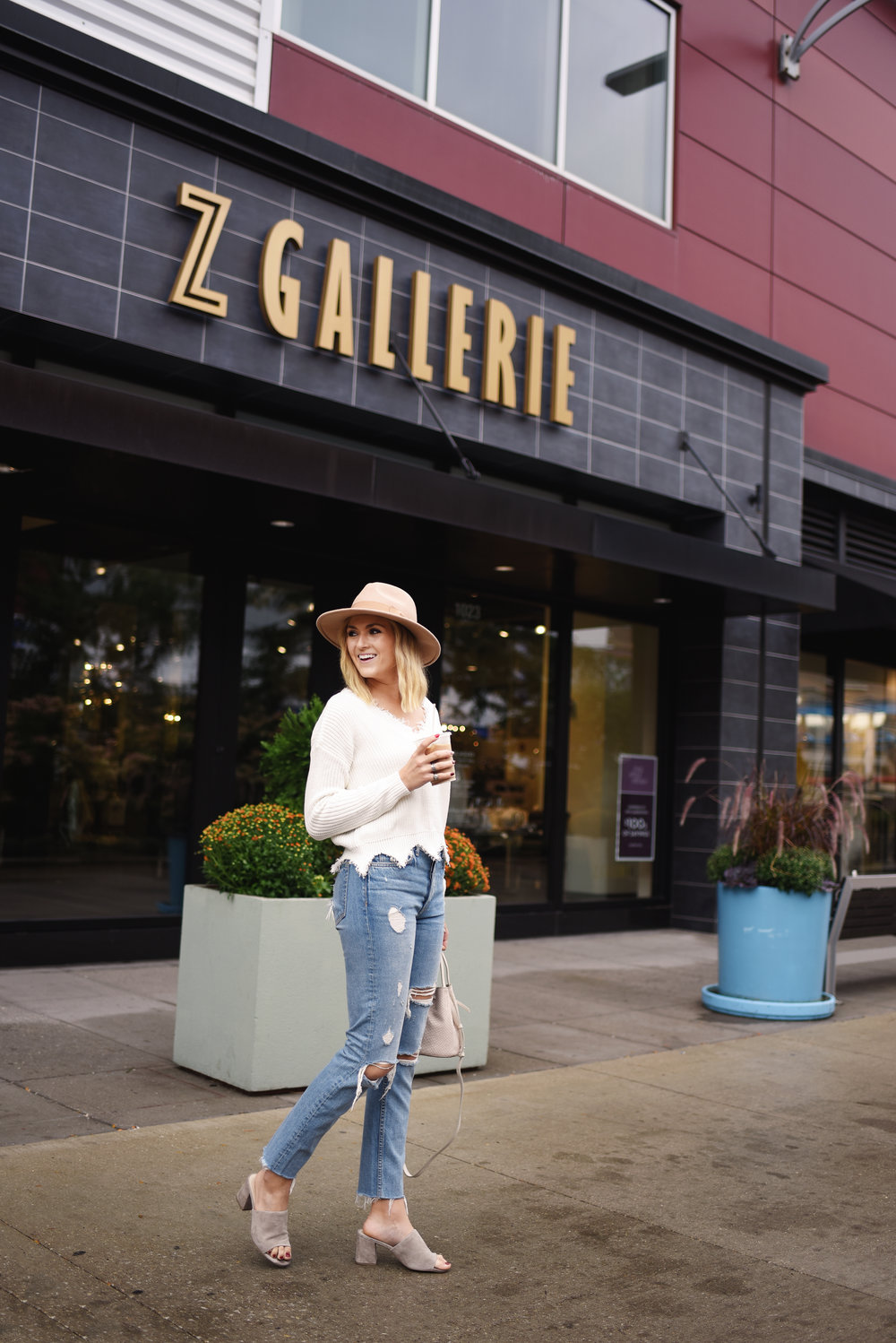girl z gallerie shopping