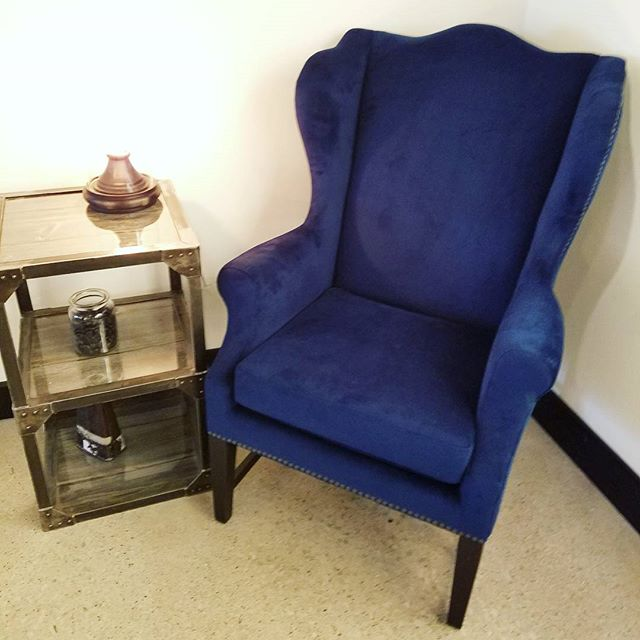 My blue wingback chair finally arrived! So obsessed