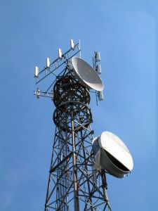 cell-phone-tower-3_2129491.jpg