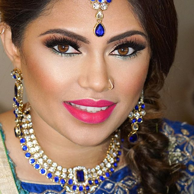 Finally got around to downloading images from 2017 off of my camera 🤦🏽‍♀️ So many favorites but I wanted to start off with @pluv721's Sangeet look 😍#desibride #desiweddings #indianweddings #sangeet #njweddings #hairstylistnyc #makeupsrtistnyc #airbrushmakeup #hotpinklips #indianbrides #weddings #lashes #coloredeyeliner #indianmakeupartist #allthingsbridal #heenadasbrides