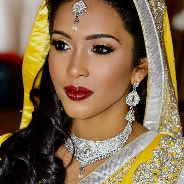#throwbacktuesday to this gorgeousness!  Glowy skin and bold lips 😍 #guyanesebride #yellowsaree #glowyskin #boldlips #macdivalipstick #guyanesewedding #vogueindia #maharaniweddings #airbrushmakeup #makeupartistnyc #heenadasbrides