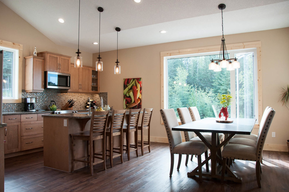 Griffith-Kitchen-Dining.jpg