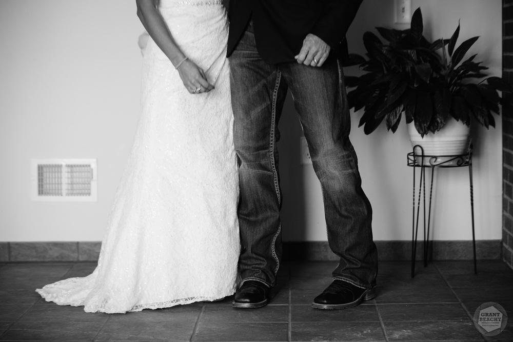 Grant Beachy-indiana wedding-16.jpg