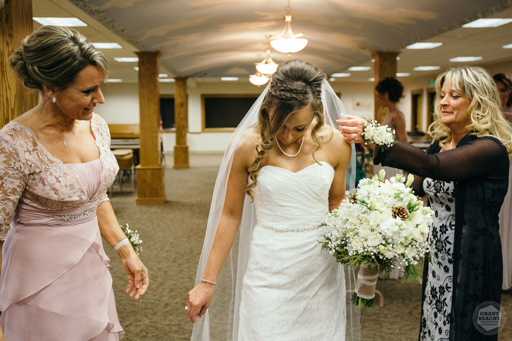 Grant Beachy-indiana wedding-20.jpg