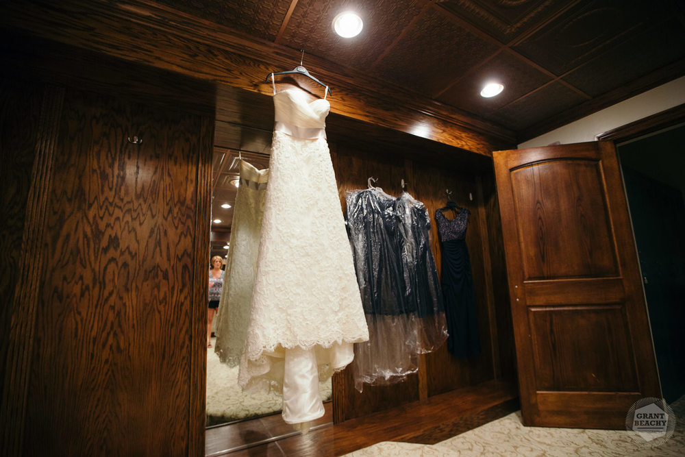 Grant Beachy-wedding photography-4.jpg