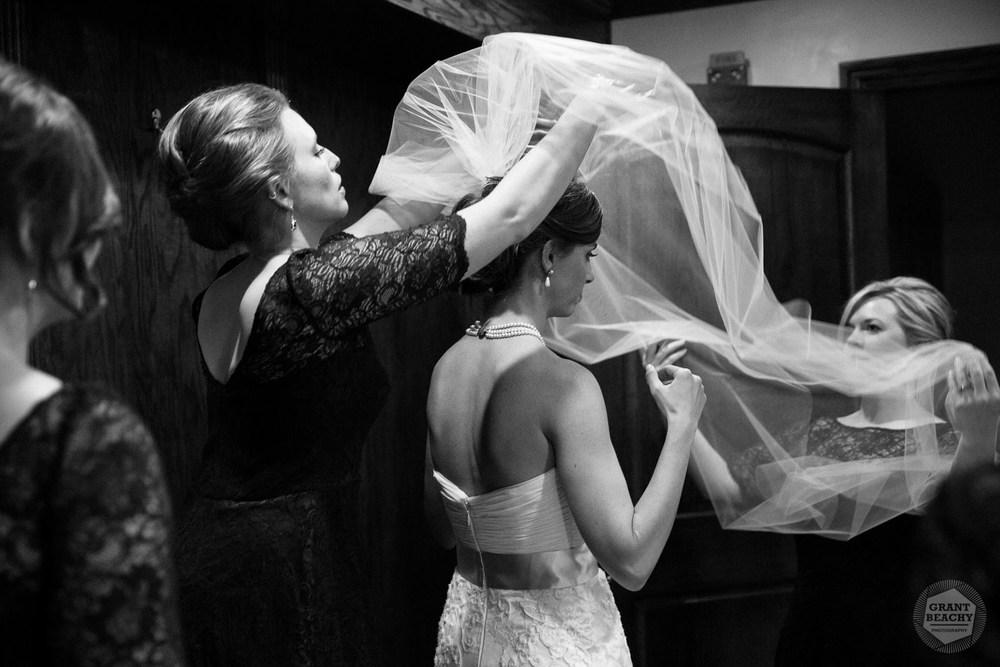 Grant Beachy-wedding photography-14.jpg