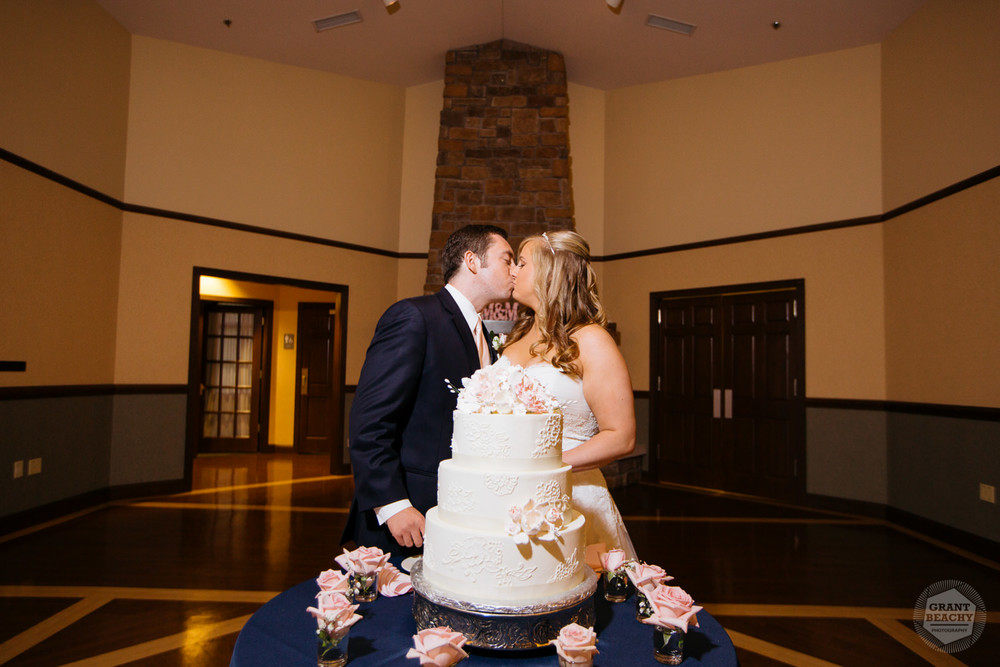 Grant Beachy wedding photography southbend goshen chicago-40.jpg