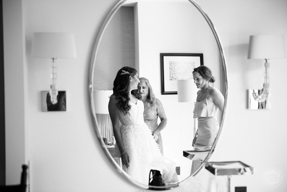 Chicago wedding photographer Grant Beachy-16.jpg