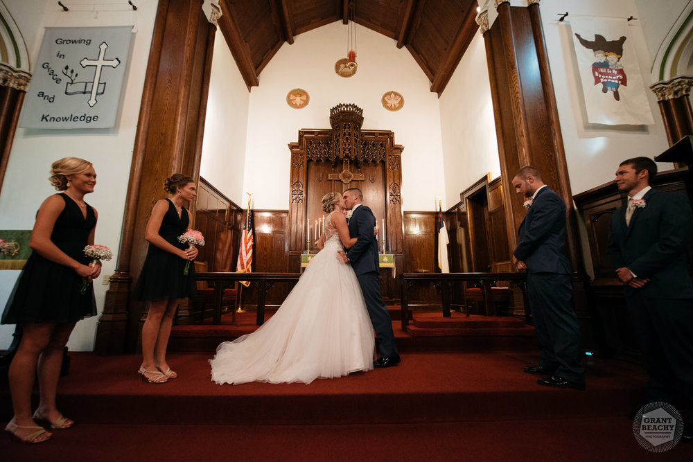 Kendalville wedding photographer Grant Beachy -25.jpg