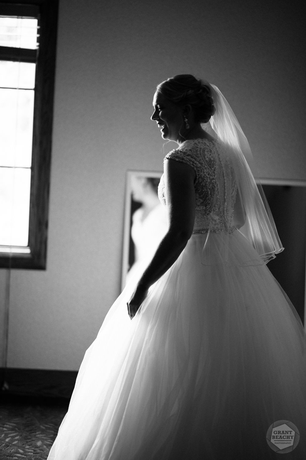 Grant Beachy wedding photography elkhart, south bend, chicago, goshen-11.jpg