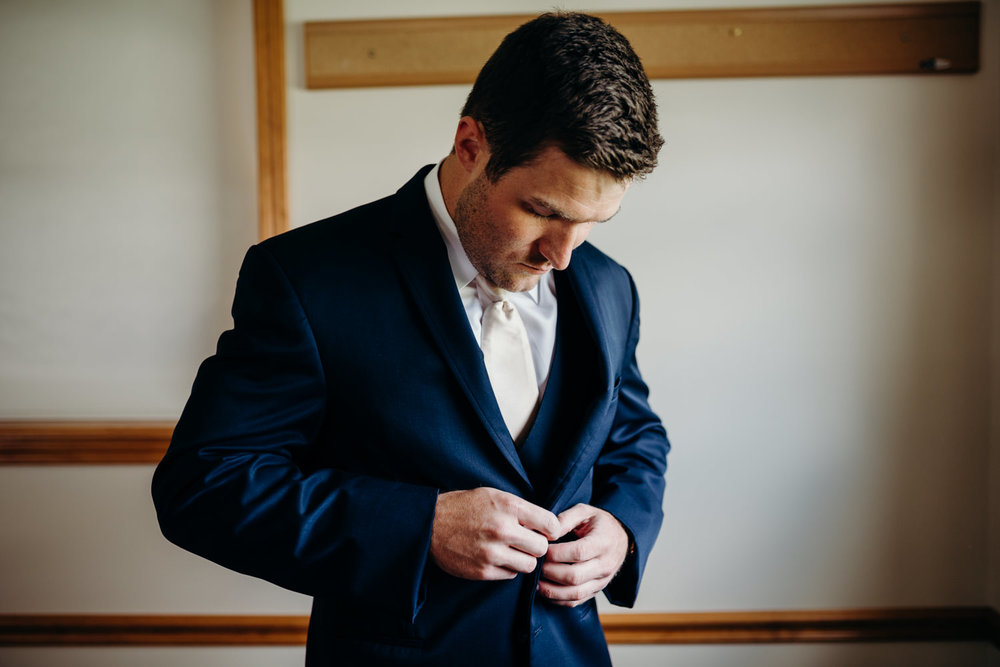 Grant Beachy wedding photographer-maggie branson-014.jpg
