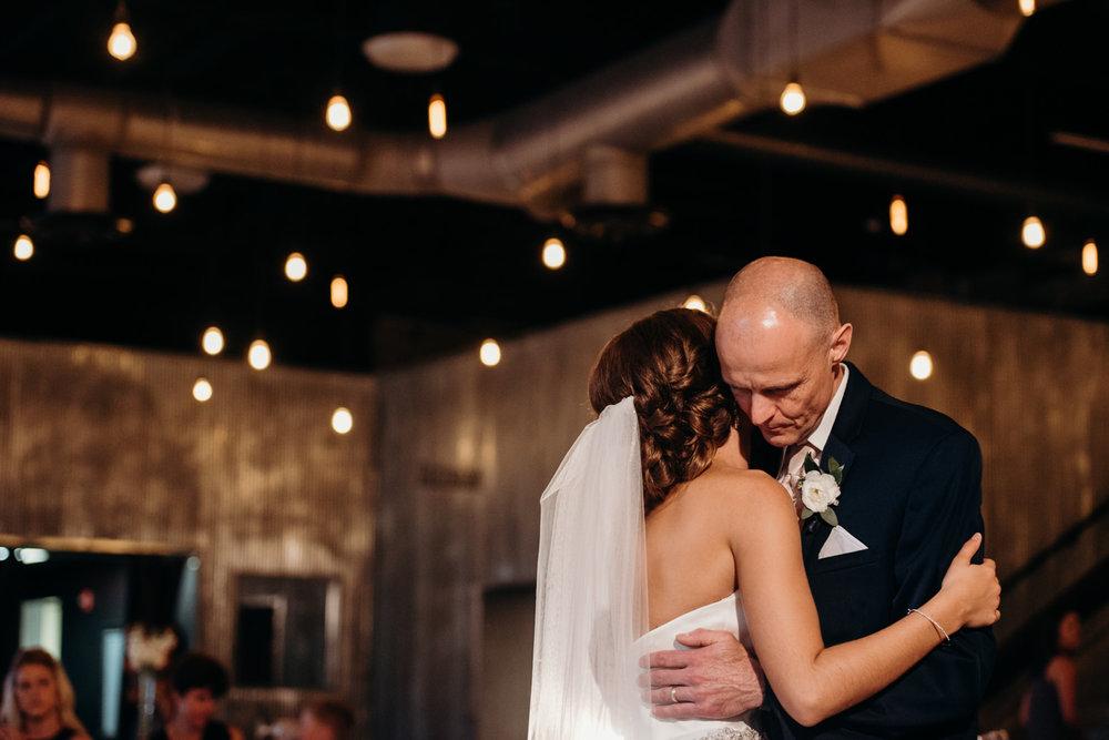 Grant Beachy wedding photographer-maggie branson-060.jpg