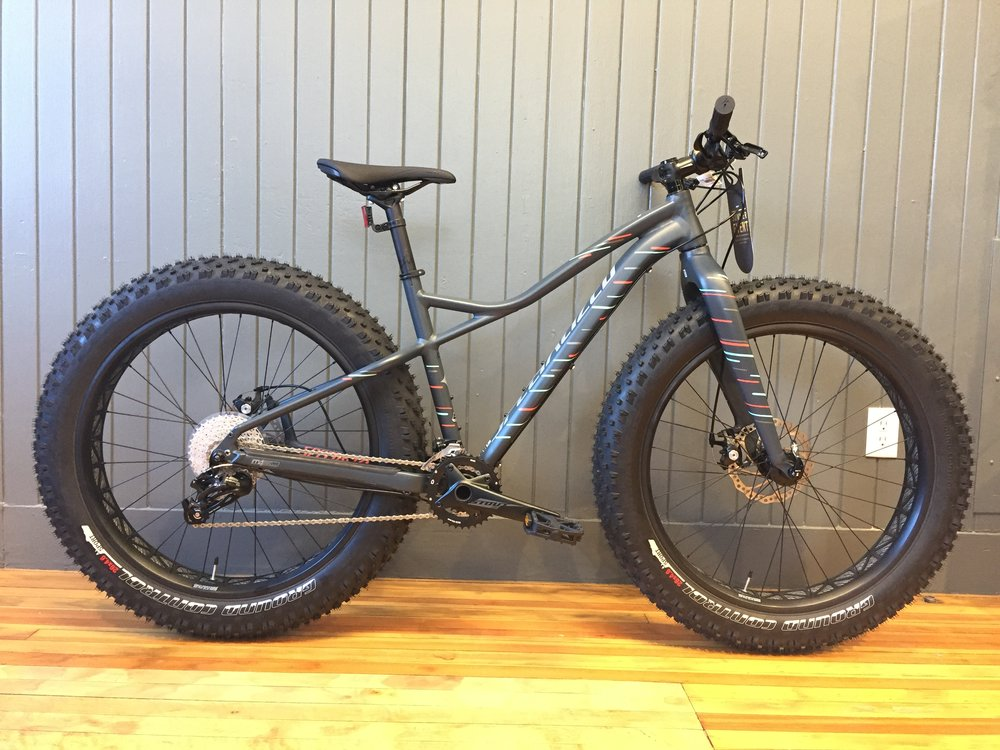 2017 Specialized Hellga Women's | Carb | LG,MD | Original $1,450 | Now $1120