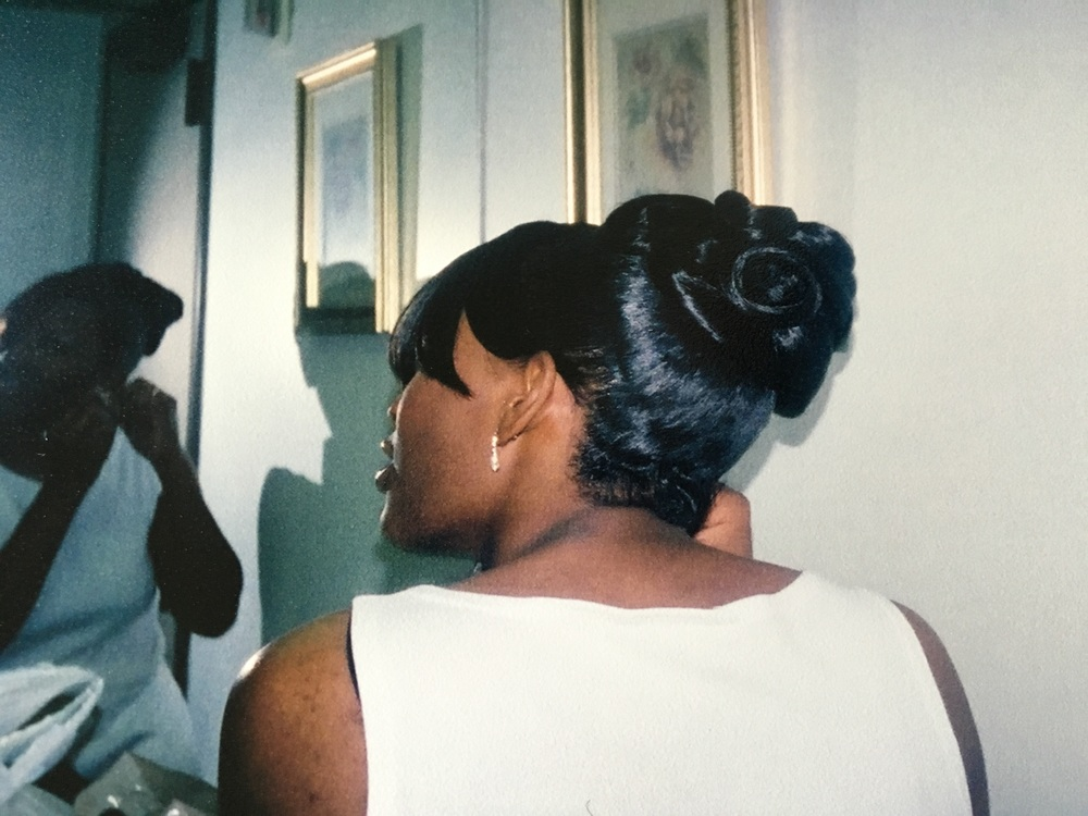 The Style - Pin curl ponytail