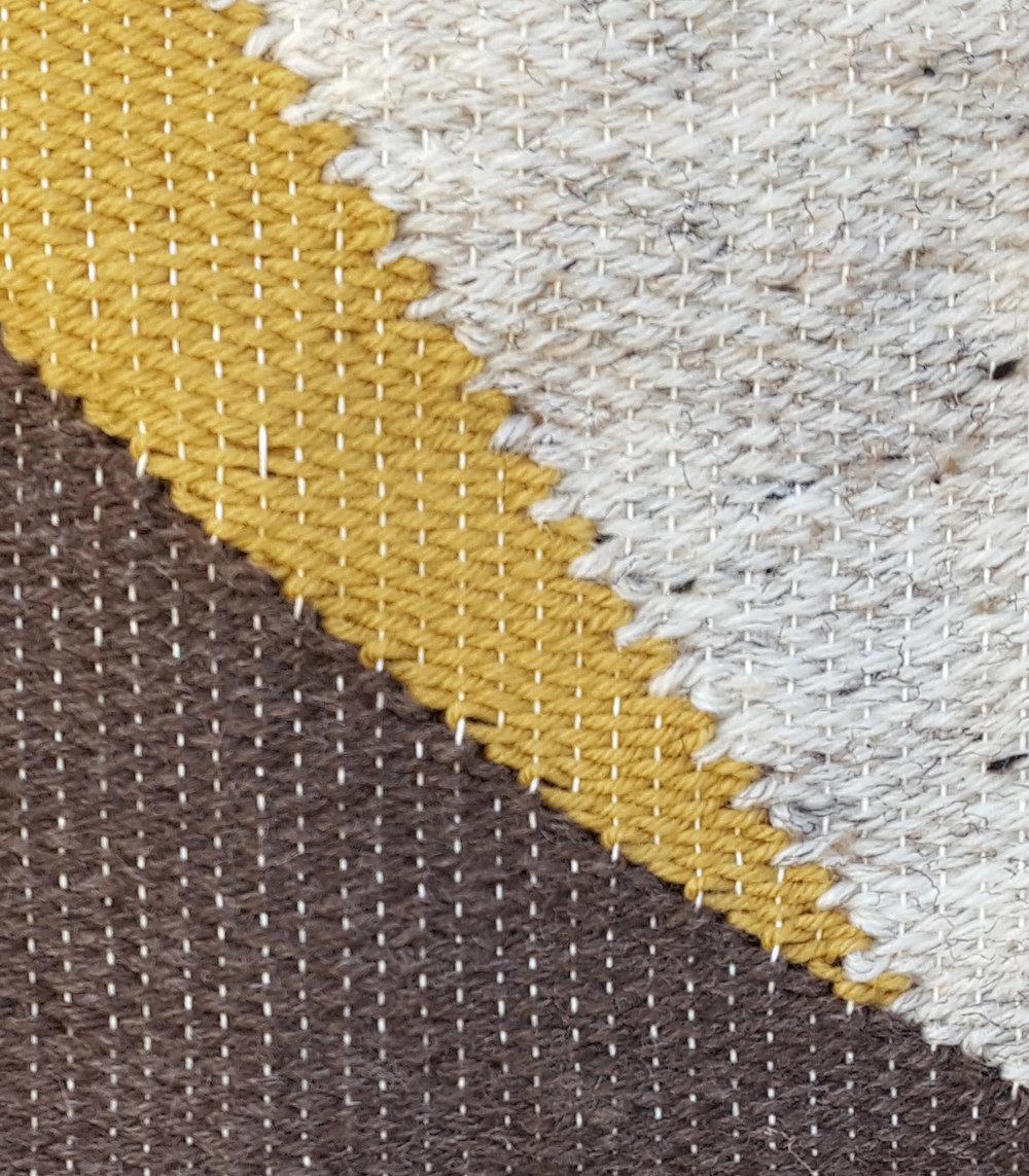 weave close2.jpg