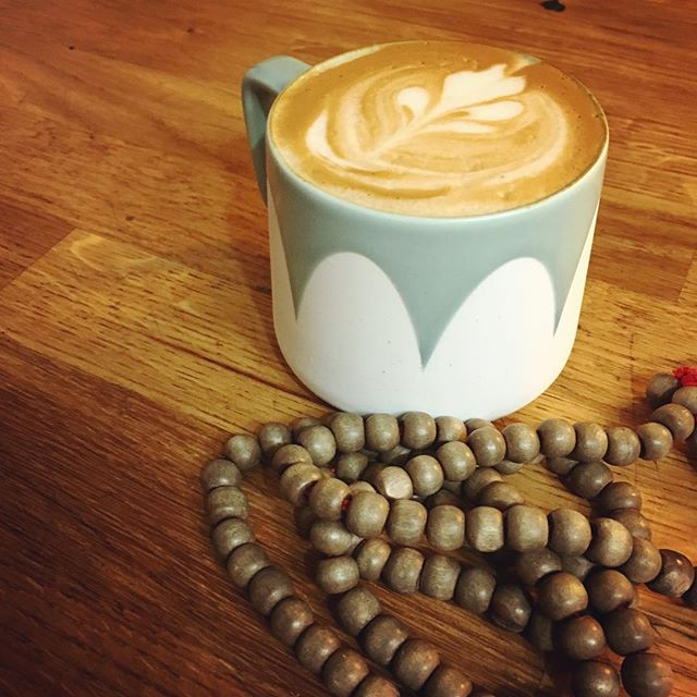 Have a happy Sunday!!! #yegcoffee #selfcare #relax #latte #espresso #yegcafe #latteart #meditation #yegwellness