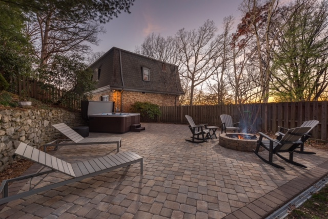 hardscape paver patio and firepit