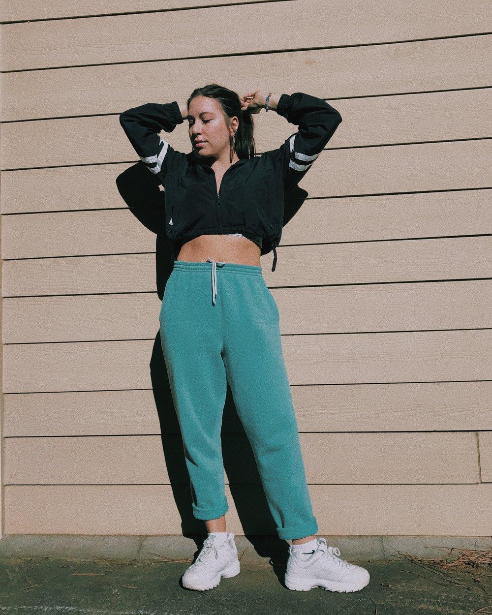 Valheria (@valheria123) in vintage sweats.