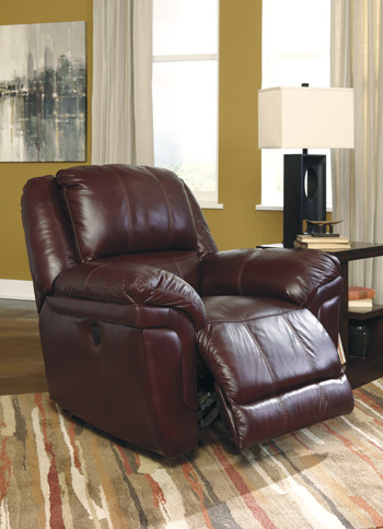 Altimont Recliner