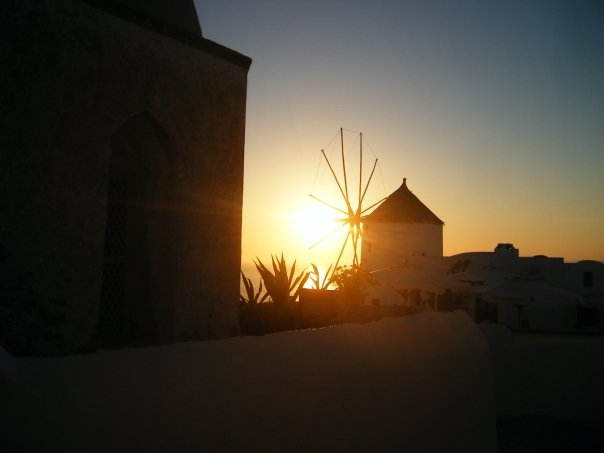 Sunset_santorini.jpg