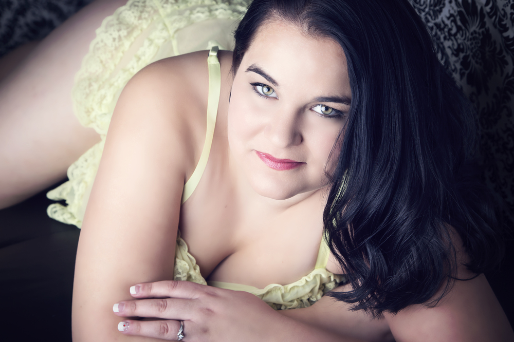 Affordable Boudoir photography Calgary (14).jpg