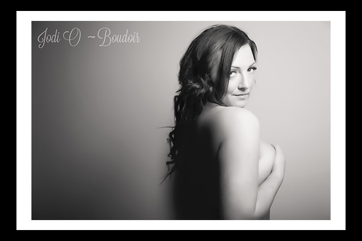 Boudoir Photography in Calgary for women of all shapes and sizes. Custom sessions design to pamper and leave women with unbelievable confidence.  Fun and affordable photography.
