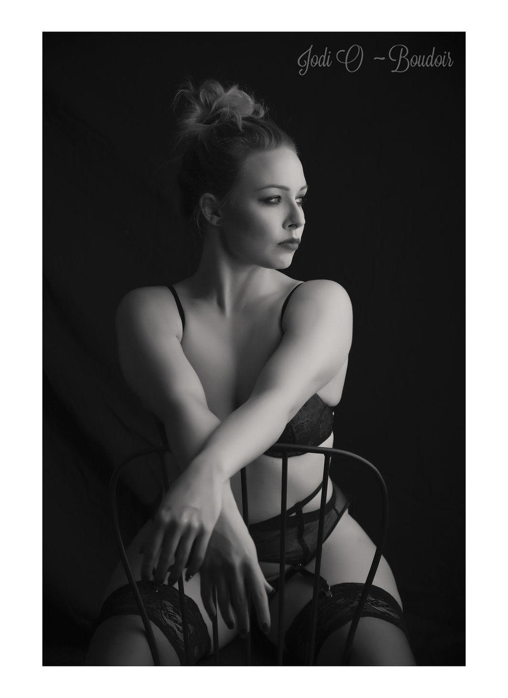 Affordable Calgary Boudoir Photographer (2).jpg