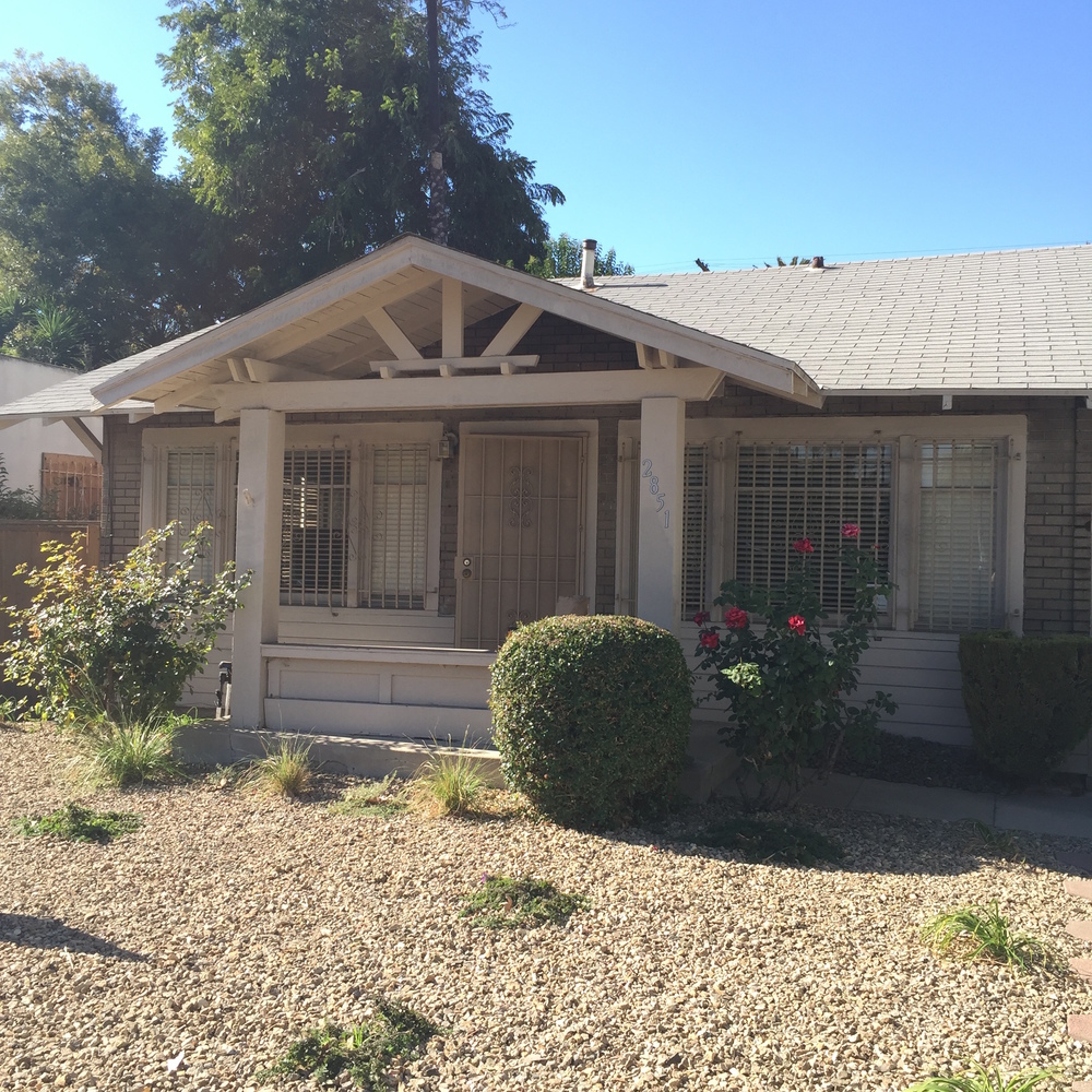 True Craftsman 1bed + den Bungalow in the hear of West Adams.