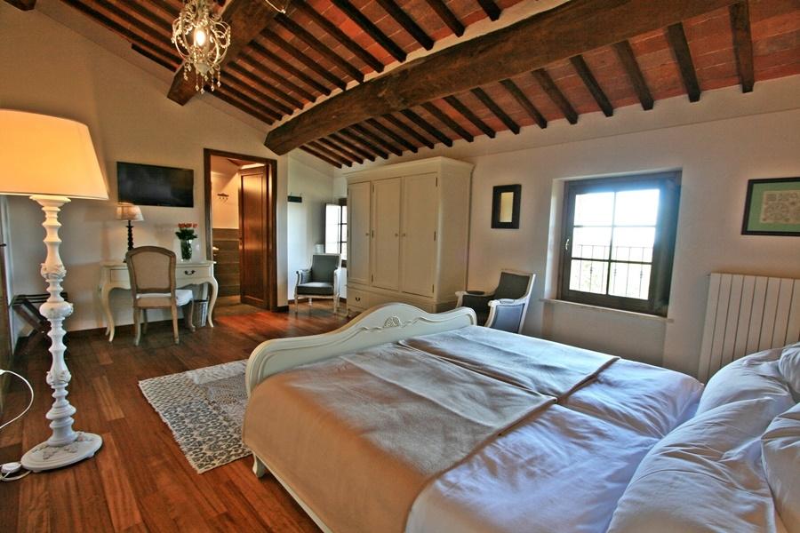 Cugnanello doubleroom-plus-1.png