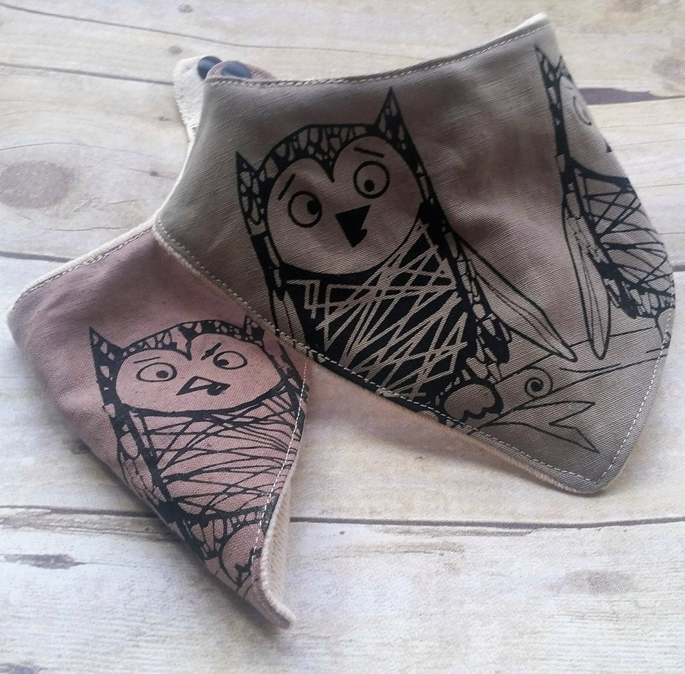 Owlets Bandana Bibs in Sage and Thyme Organic Cotton/Hemp Blend