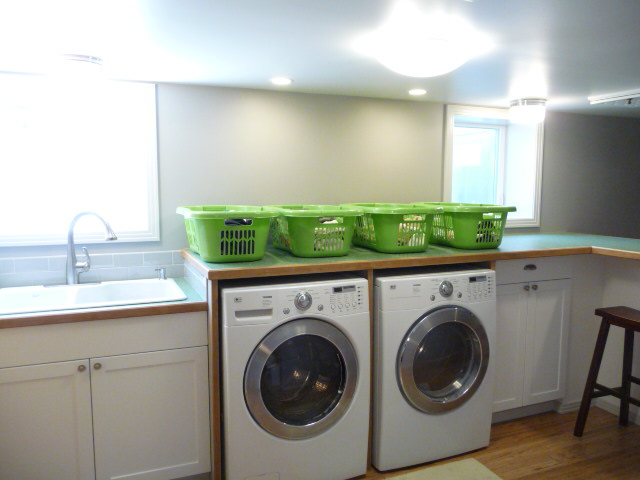 12054 Laundry1.JPG